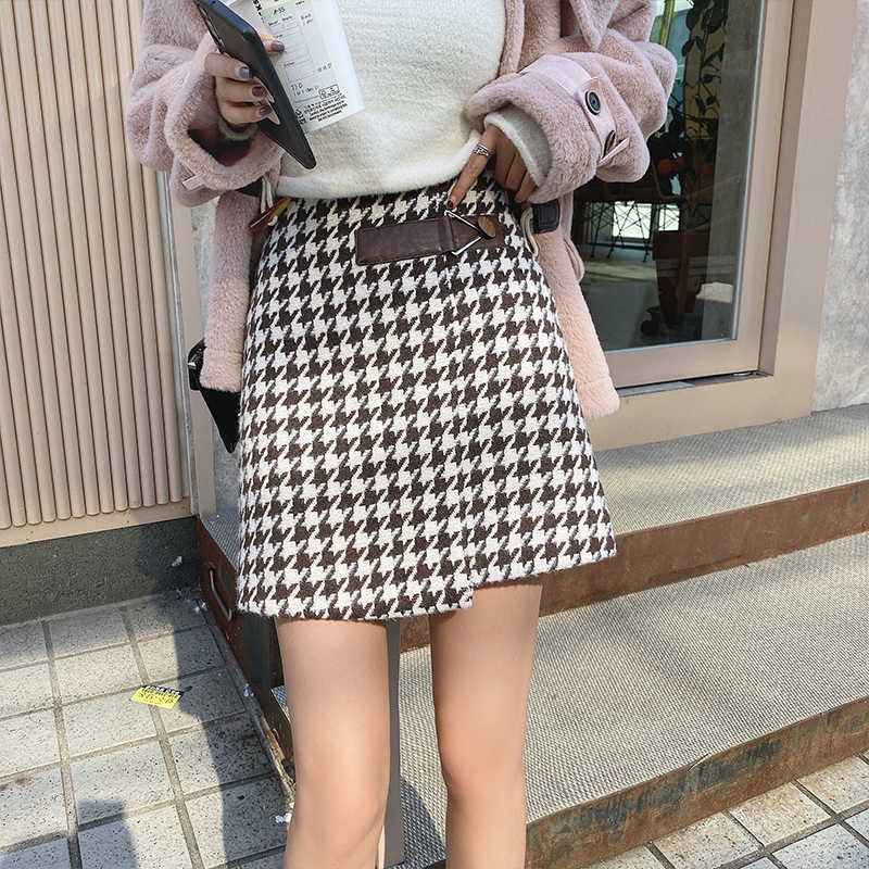 MISHOW Winter New High Waist Plaid Vintage Sirt Women Causal Aline Slim Fit Mini Skirt MISHOW Winter New High Waist Plaid Vintag