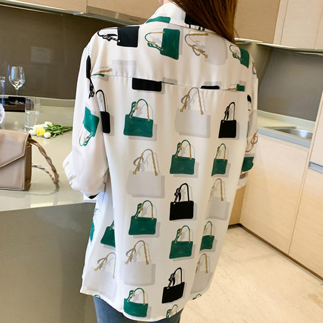 Women Chiffon Shirts Retro Single-breasted Long Sleeve Floral Painted Turn Down Collar Blusas Top 2021 New Spring Female Blouses 6