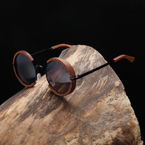 Image 3 - All Seasons Men Handmade Wooden Polarized Sunglasses Gradient Gray Lenses UV400 Retro Style Round Women Sun Glasses With Case