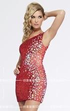 Женское коктейльное платье красное на одно плечо с блестками