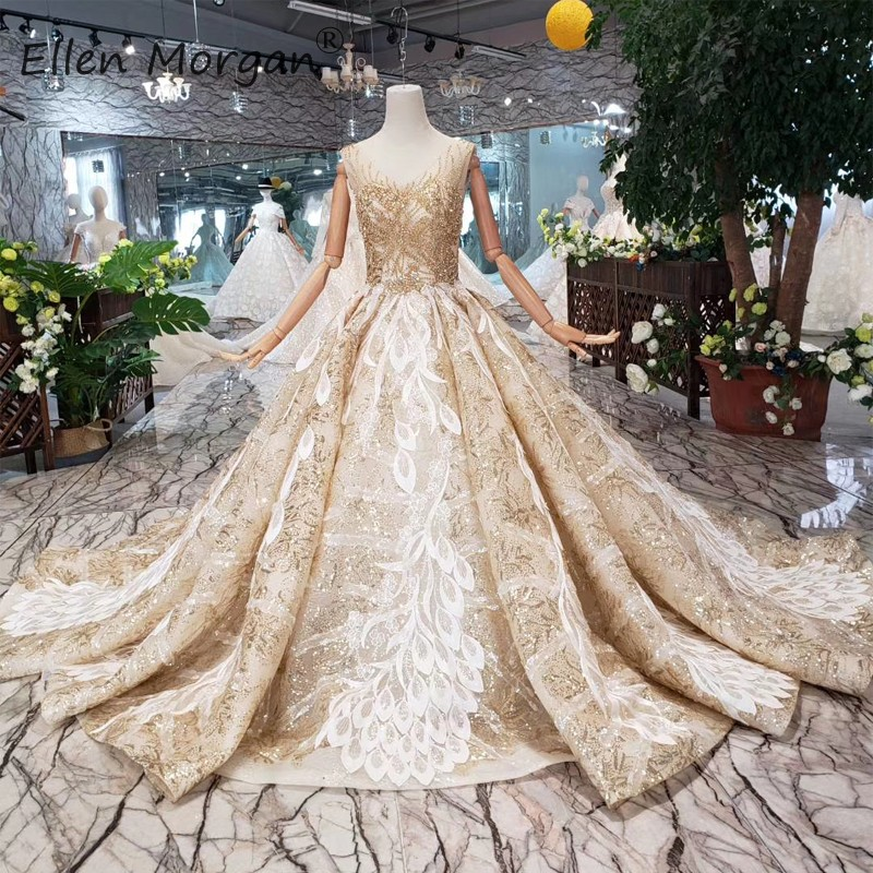 Saudi Arabian Gold Lace Wedding Dresses Backless 2019 Luxury Beads V Neck Sleeveless Sequins Formal Bridal Ball Gowns For Women