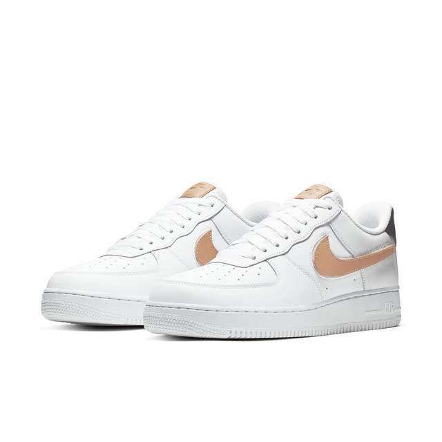 NIKE AIR FORCE 1 '07 LV8 3 Nero Uomo