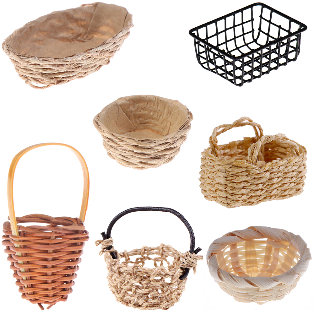 Mini 1:12 Cute Dollhouse Rattan Iron Frame Frame Hand-woven Vegetable Food Storage Basket Dolls Miniature Decoration