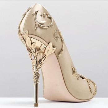 Elegant Silk Rhinestone Flower Design Pointed Toe High Heels 6