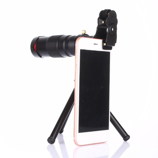 Universal Magnifying Lens for Smartphone