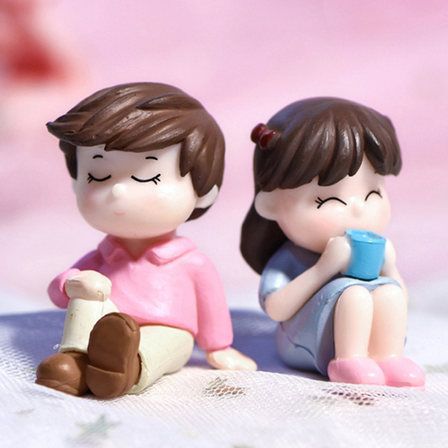 2pcs Mini Boy Girl Model Figurines Wedding Doll Miniatures Couple Home Garden Decoration Girl Toy DIY Accessories Gifts