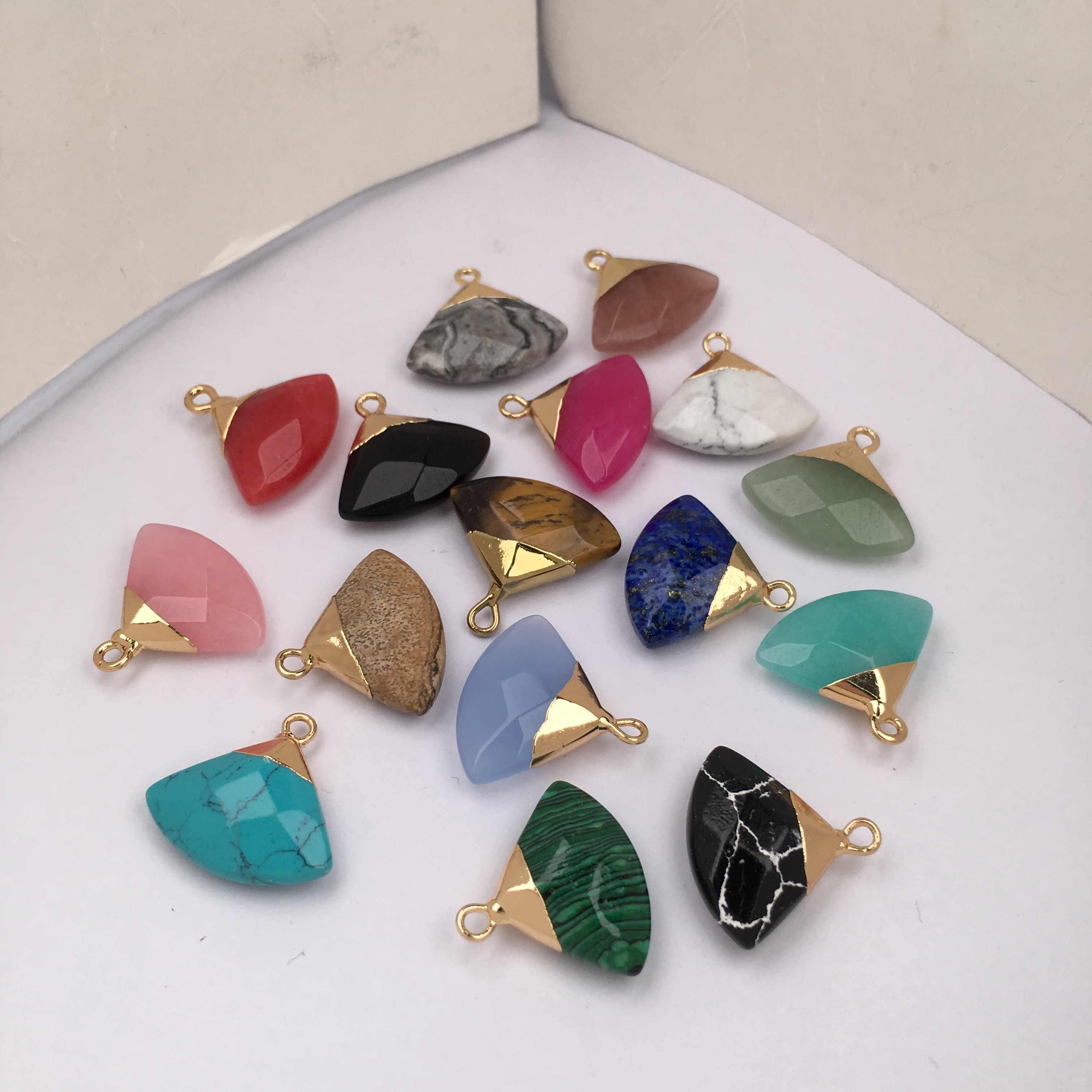Nuovo Stile Forma di Settore di Pietra Naturale Pendenti con gemme e perle e Collana 100% Reale Pietra Pendenti con gemme e perle per Monili Che Fanno La Collana Delle Donne Degli Uomini del Regalo