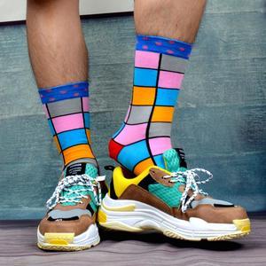 Image 3 - SANZETTI 12 paires/lot chaussettes colorées pour hommes chaussettes en coton peigné nouveauté de mariage chaussettes Multi robe heureuse conception décontracté chaussettes déquipage