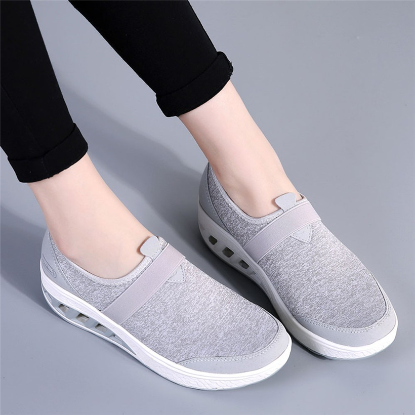 Outdoor Walking Shoes Increased Thick-Soled Woman Sneakers Skid-Proof Women Sport Shoes