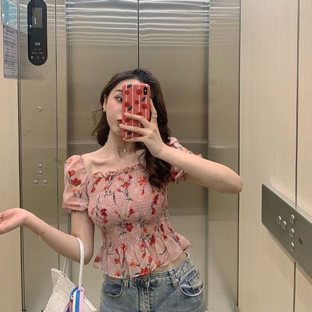 Sexy Cute Off Shoulder Slim Fashion Folds Shirts Short Sleeve Blouse 2020 Summer Women Short Crop Tops Blouses Korean Clothes 5