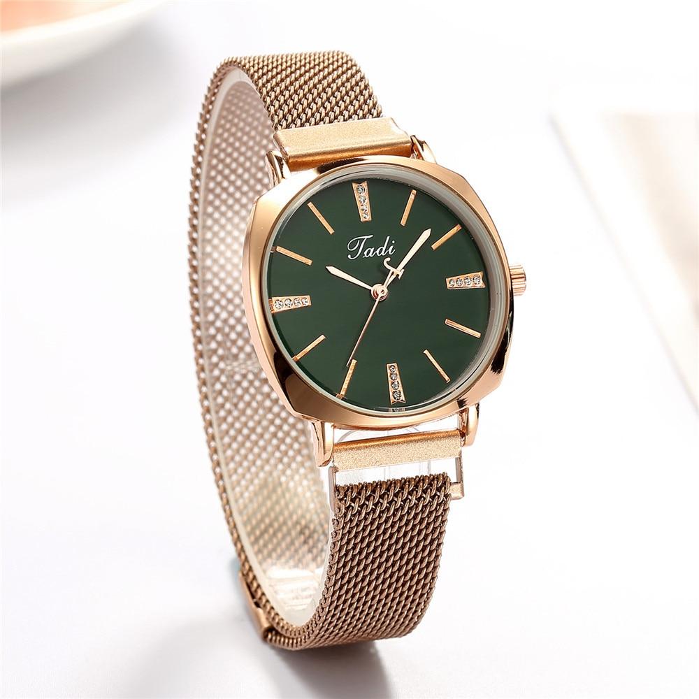 2020 New Fashion Women's Casual Watches Luxury Magnetic Buckle Quartz Wristwatch Green Dial Ladies Watch Reloj Mujer Relogio