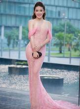 Пикантные Длинные ярко розовые платья знаменитостей с кружевами