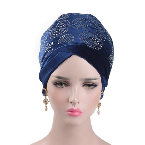 Image 2 - Helisopus 2020 럭셔리 드릴 벨벳 머리띠 터번 여성 이슬람 머리 스카프 모자 여분의 긴 머리 랩 Hijab 헤어 액세서리