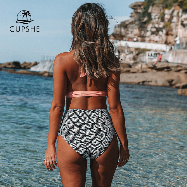 CUPSHE Pink Twisted Halter Bikini With Geometric Print High-waisted Sexy Lace Two Pieces Swimwear Women 2020 Beach Bathing Suits 2
