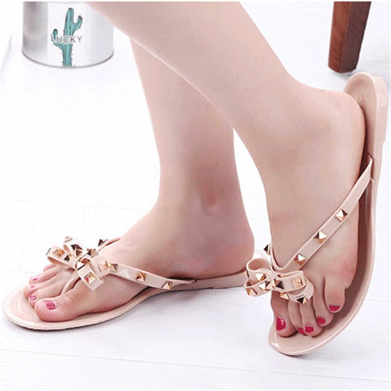 ENPLEI 2019 zapatos de mujer verano nuevas sandalias zapatillas planas con arco zapatillas con remaches chancletas sandalias de playa jardín gelatina
