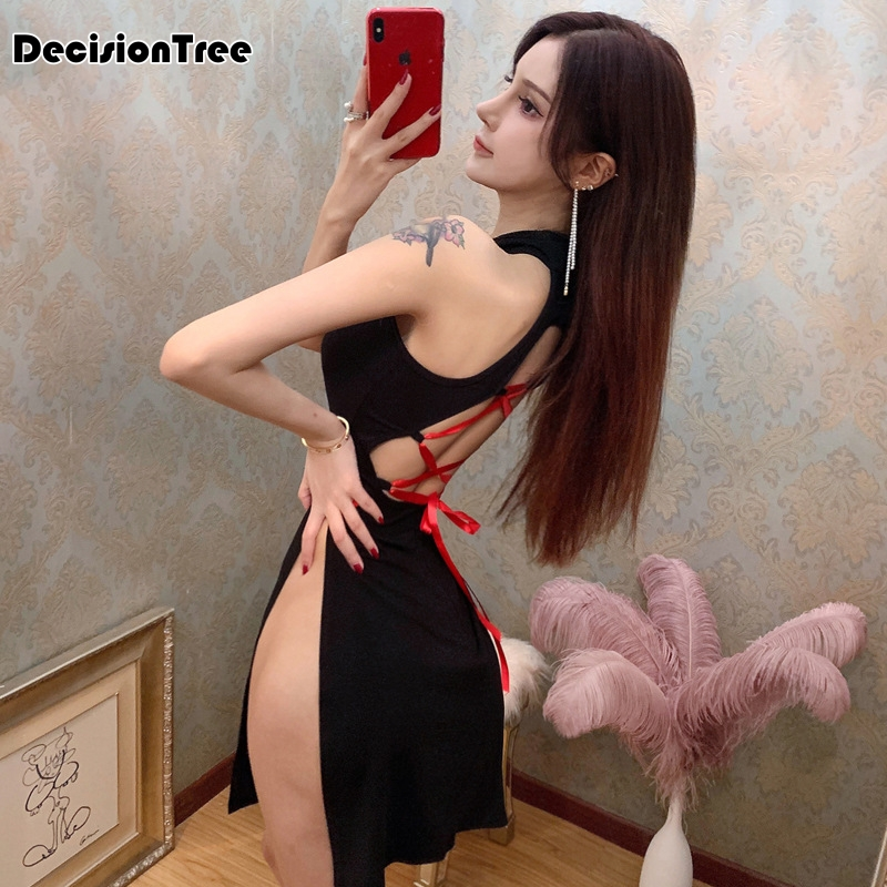 2020 Chinese Dress Sexy Cheongsam Sexy Qipao Halter Backless Hollow Out Perspective Bodycon Satin Dress Nightclub