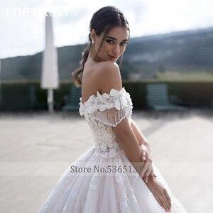 Image 2 - 高級ビーズ王女のウェディングドレス 2020 ショルダーaライン 3D花花嫁カスタマイズvestidoデnoiva