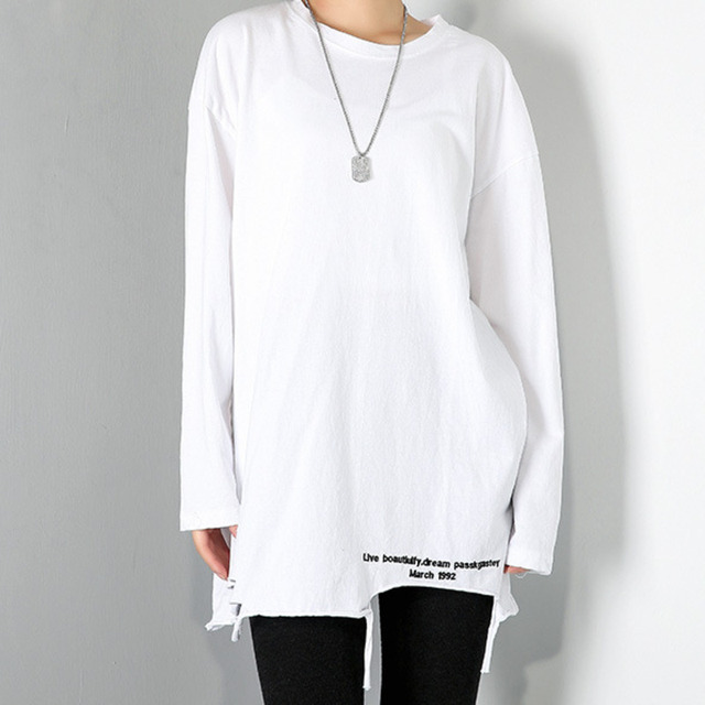 [EAM] Women Brief White Hole Big Size Personality T-shirt New Round Neck Long Sleeve Fashion Tide Spring Autumn 2021 1DD1797 3