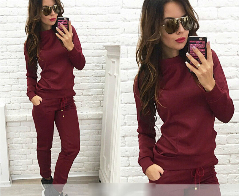 Women's Clothing hedging top + sports pants Set