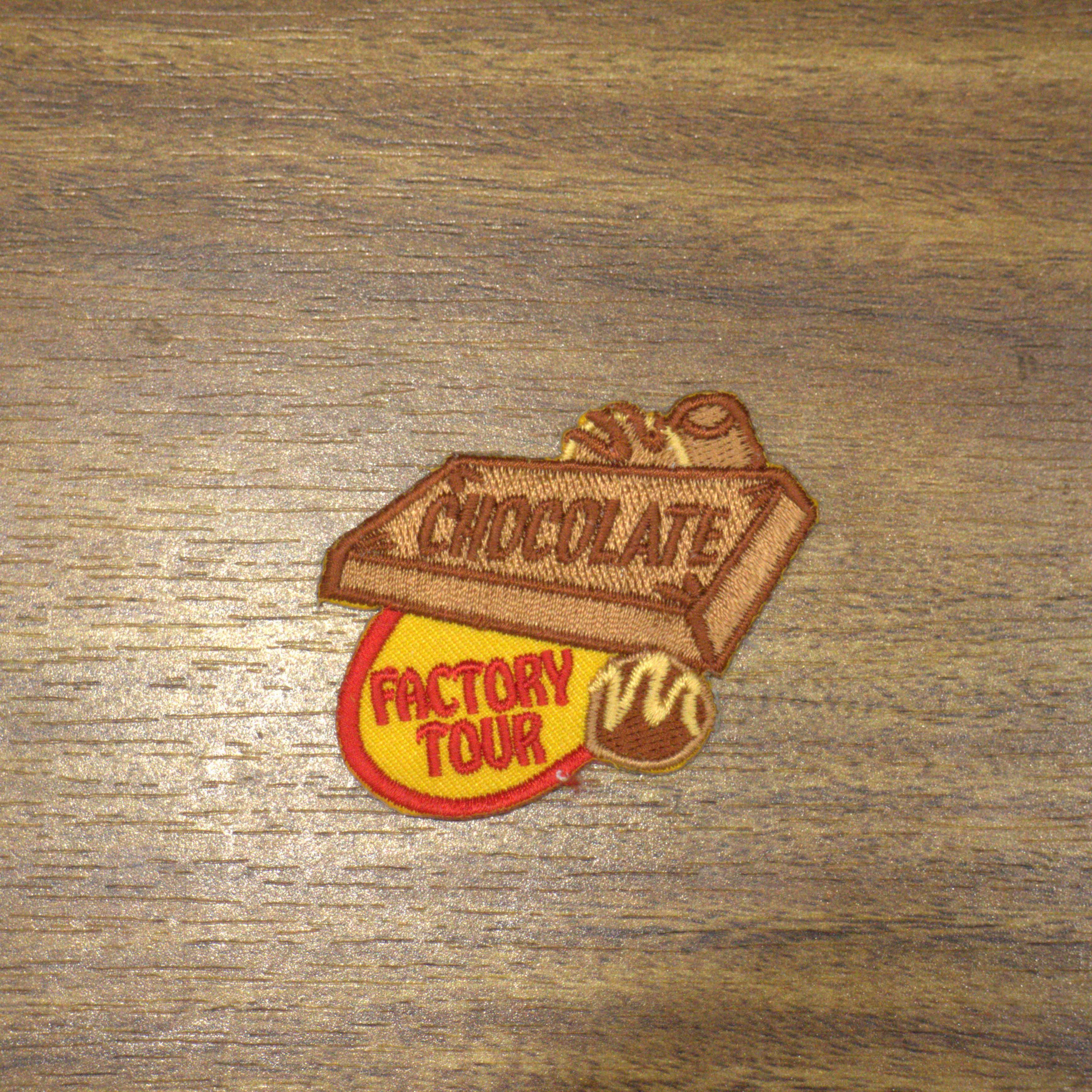 Remendo personalizado do bordado-etiqueta de nome embroidred personalizada j