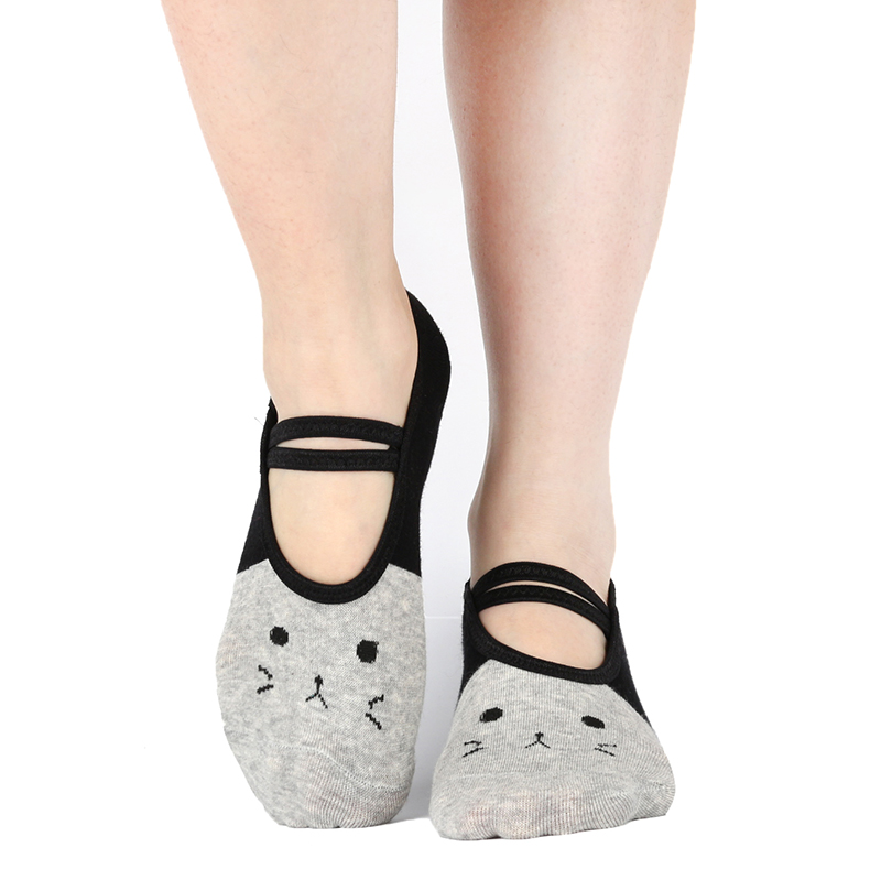 Women Yoga Pilates Socks Cute Cat Grip No Slip Pilates Sox Bulk Fitness Non Skid Foot Cotton Foot Socken Dance Slippers Ballet