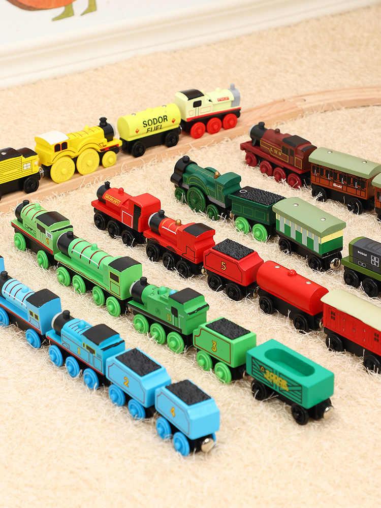 Thomas /& Friends Importaci/ón inglesa Playset Wood Henry Toy Train