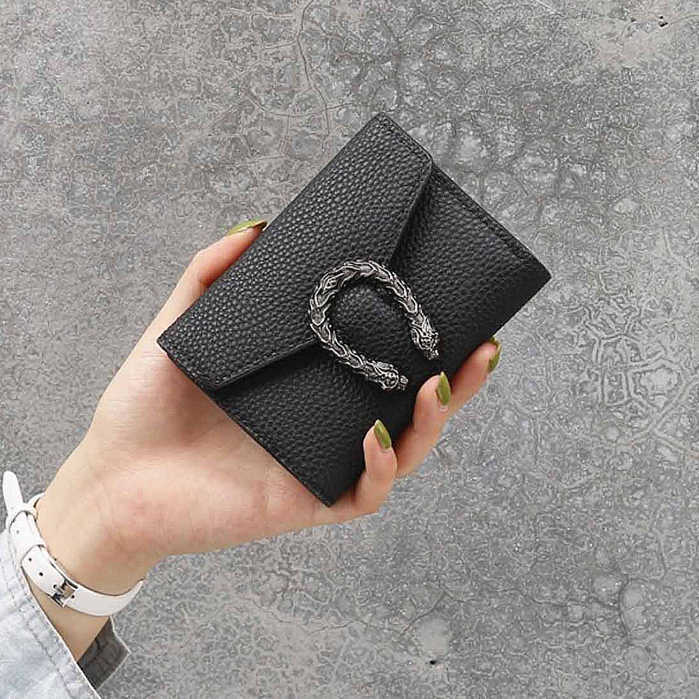 Women Wallets Short crocodile pattern Hasp Wallet Ladies Clutch Bag Purse 2019 New simple fashion Female Luxury Coin Purse