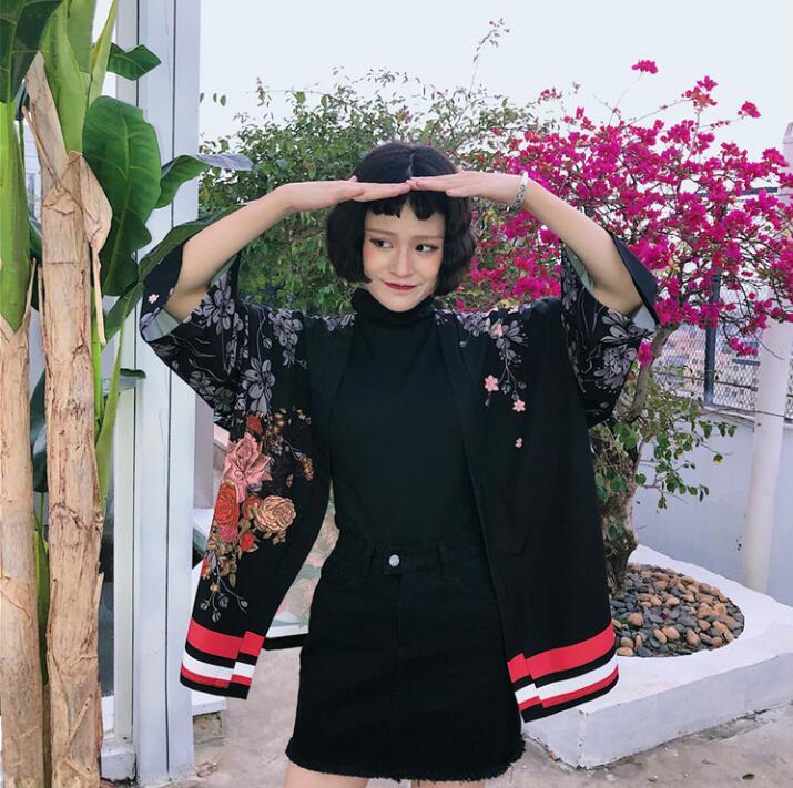 Kimono Coat Couple Japanese Kimono Cardigan Three Quarter Sleeve Middle Long Top Woman Loose Outer Garment
