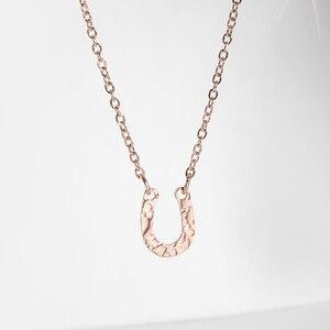 Ожерелье в форме подковы из нержавеющей стали для женщин, элегантная тонкая U-образная цепочка до ключиц, подарок на день Святого Валентина или годовщину
