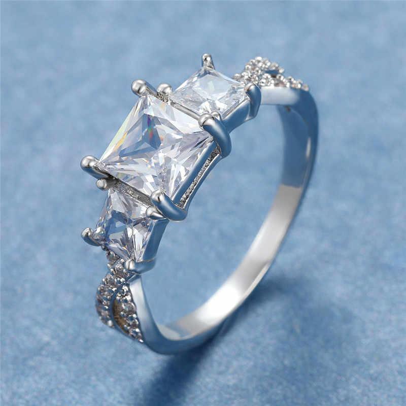 หญิงหรูหราสแควร์เพทายแหวนหินคริสตัลคลาสสิกหมั้นแหวนเงินสี Love งานแต่งงานแหวน