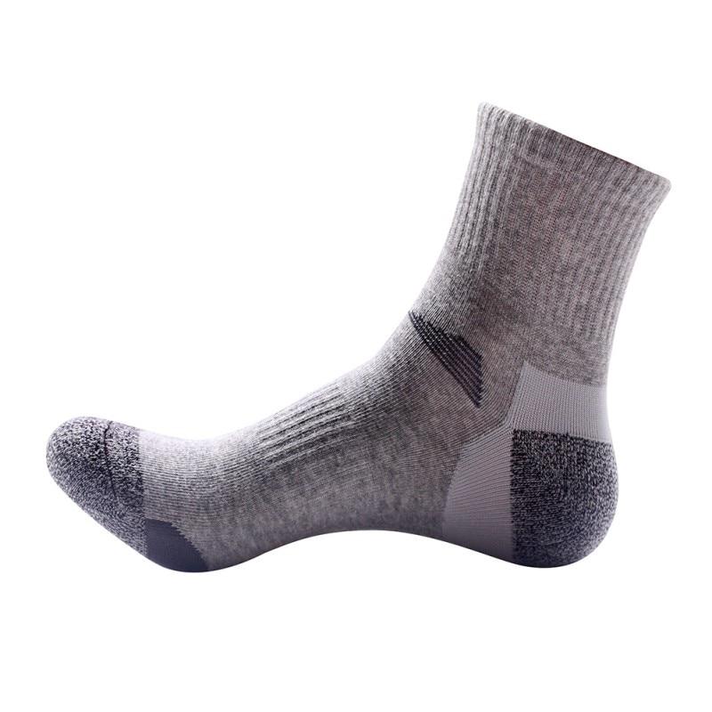 Men\'s Socks Camping Men Outdoor Quick Drying Sports Socks Hiking Cycling Socks Half Thick Sport Running Socks