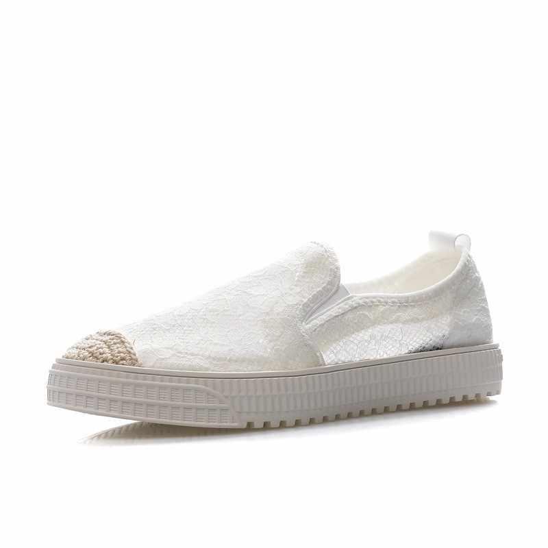 Letnie kobiety oddychające drążą koronkowe płaskie buty swobodna siateczka wkładane mokasyny mieszkania okrągłe Toe białe obuwie buty do jazdy samochodem