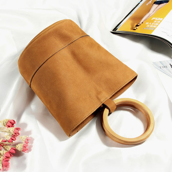 2019 Head Layer Cowhide Woman Package Ring Handbag Mini- Culture Package Single Shoulder Messenger Bucket Package Tide