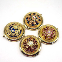 2021 Vintage Gift Hand Mirrors Pocket Mirror Mini Portable Compact Mirror Girl Double-Side Folded Hollow Out Makeup Beauty Tools