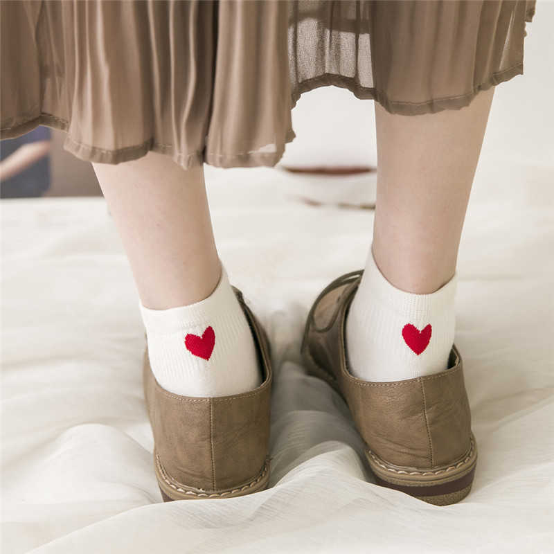 Baru Wanita Cantik Cinta Hati Heels Pola Kaus Kaki Anak Perempuan Musim Panas Musim Gugur Musim Dingin Leisure Murni Kapas Meias Lucu Lucu hangat Sox