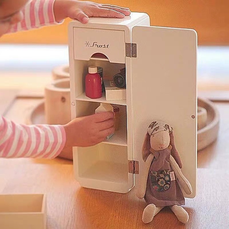 Nordic Simple Wooden Refrigerator Mini Toy Children's Expert Simulation Furniture Set Suitable For 6-point Doll