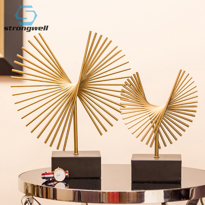 Strongwell Nordic Light Abstract Geometric Statue Metal Sculpture Modern Art Postmodern Home Decoration Accessories Gift Table