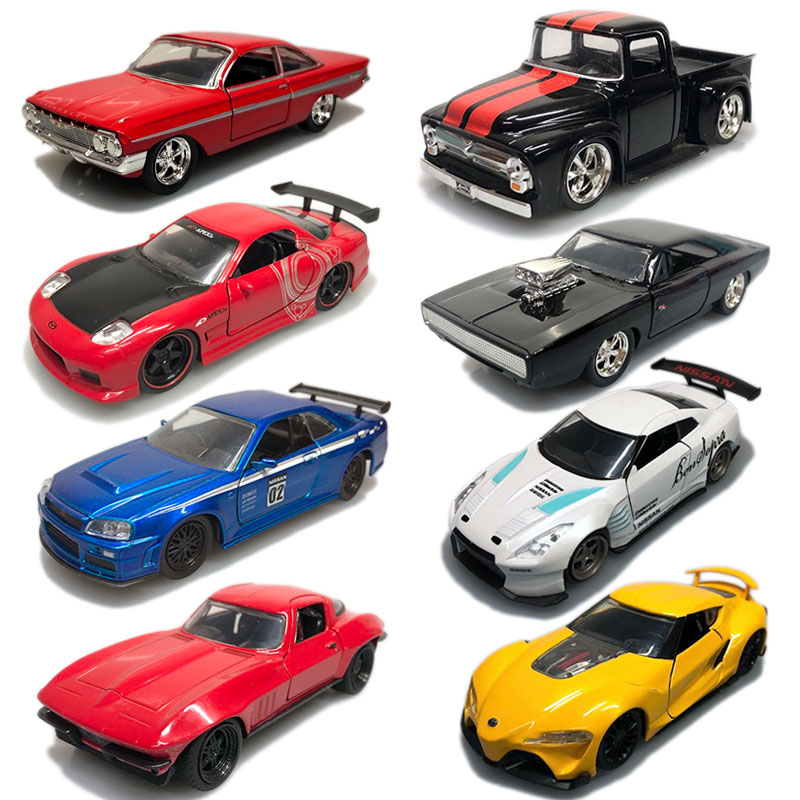 JADA 1/32 Scale CHEVY IMPALA,NISSAN SKYLINE,MAZDA,TOYOTA,CHEVY,Diecast Metal Car Model Toy For Gift/Kids/Collection