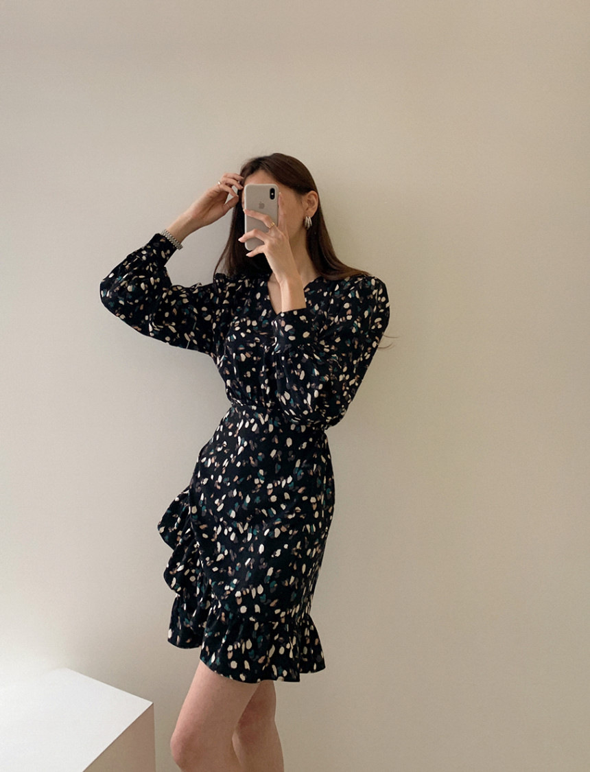 H40e0c34976384d6d971e7bf06f5dd6883 - Autumn V-neck Long Sleeves Floral Print Flounced Mini Dress