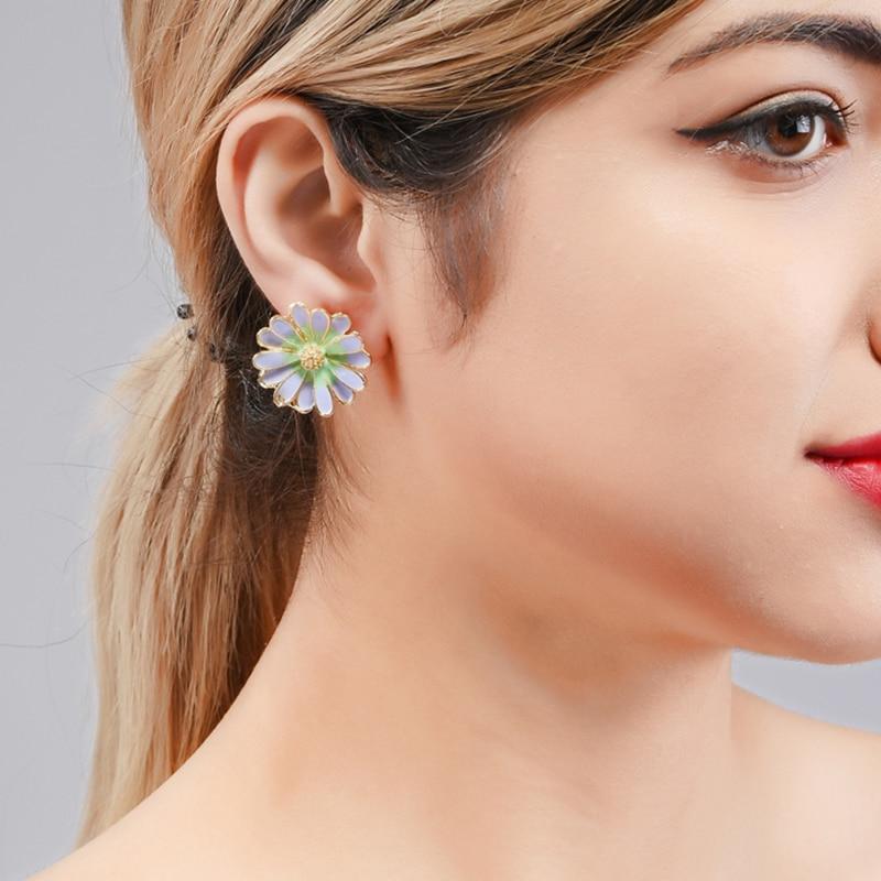 Wuli&baby Purple White Daisy Flower Stud Earrings Women Fashion Korean Style Jewelry Gifts