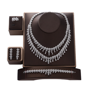 Image 1 - תכשיטי סט HADIYANA Tempartment נשים חתונת יש עוסק שרשרת עגילי טבעת וצמיד סט זירקון CNY0083 Bisuteria