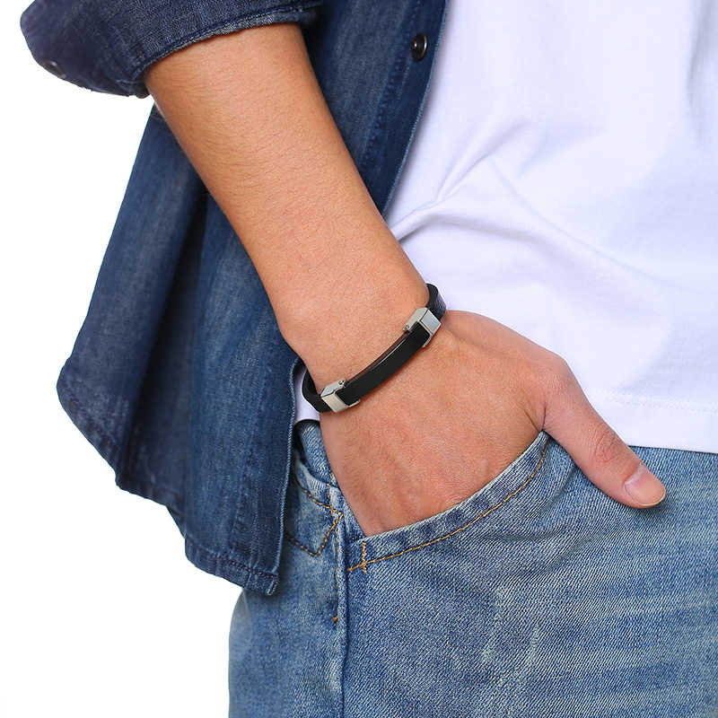 Vnox สแตนเลสสตีล ID สร้อยข้อมือผู้ชายชั้นหนังกำไลข้อมือ Casual CUSTOM Gents ของขวัญพ่อสามี