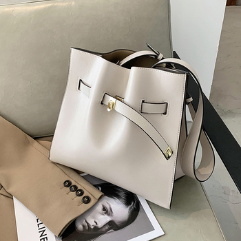 High Capacity Women Shoulder Bag Fashion Large Women's Bag Casual Solid Color Tote Bags For Women 2020 New Women Messenger Bag fashion rivets and solid color design tote bag for women