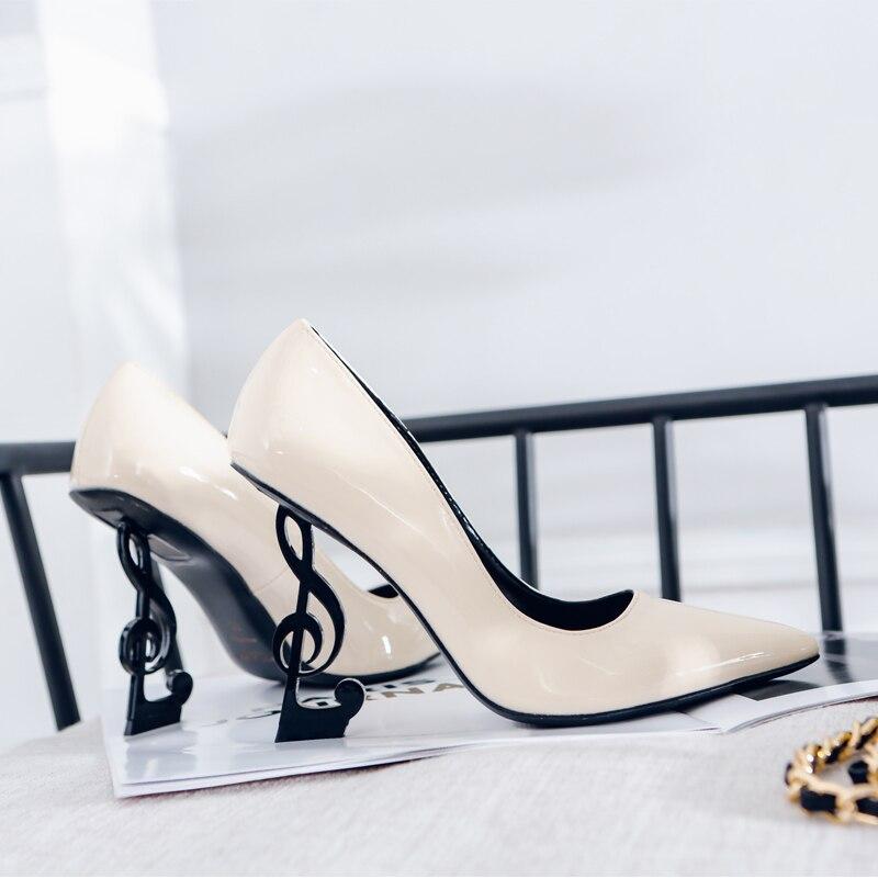 Novedad, tacones de estilo extraño, zapatos de tacón de mujer de cuero auténtico con el símbolo Sexy en los tacones, zapatos de mujer de punta estrecha de supertacones superficiales, zapatos de fiesta Zapatos de fiesta rojos, negros, amarillos, para mujer, Gladiador Stiletto sandalias de, tacones altos sexis con cordones cruzados, sandalias de verano para mujer