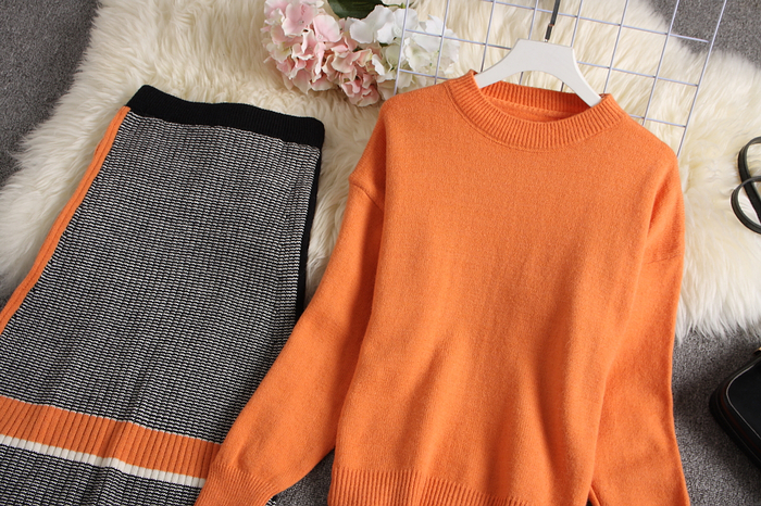 ALPHALMODA 2019 Autumn New Arrived Women Knitting Sweater Skirt Suits Bright Color Youthful Winter Knitting Outfit 2pcs Set 131