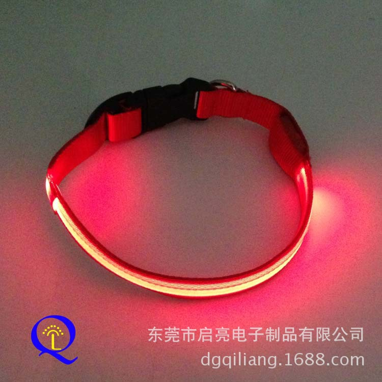 LED Shining Nylon Dog Collar Safe Warning Role Flash Pet Collar Stall