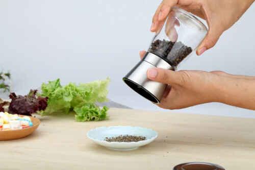 مطحنة الملح والفلفل مع 2 أغطية 3 إعدادات خشونة السيراميك قابل للتعديل