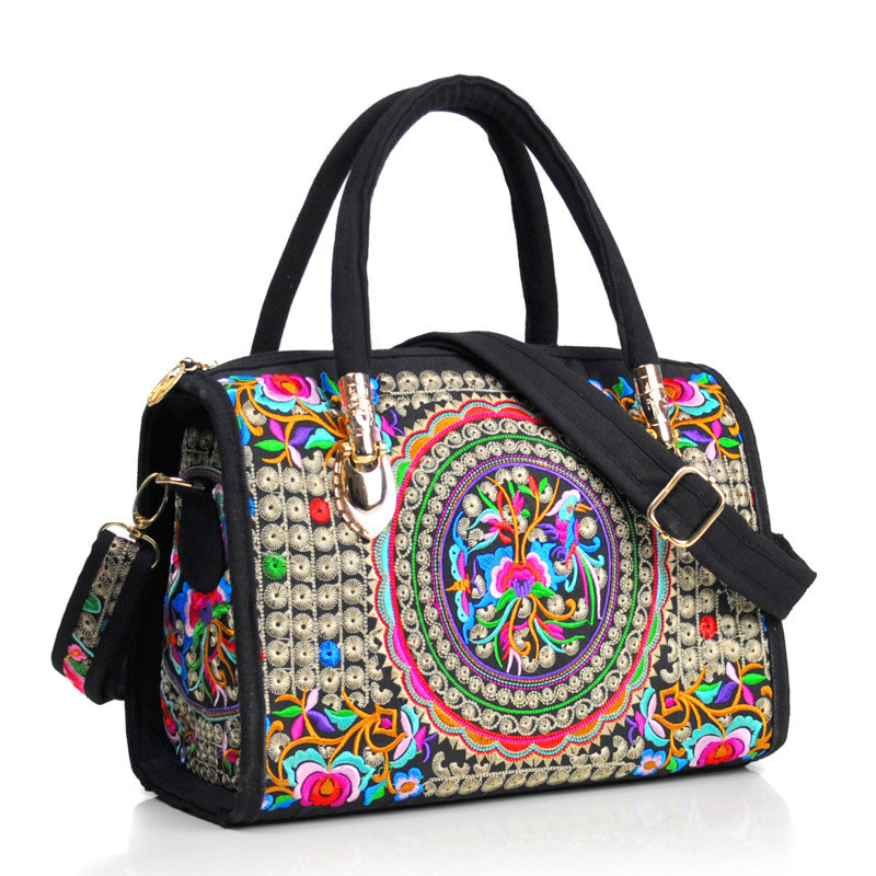 China Women Bags Embroidered Portable Bag Canvas Travel Shoulder  Women's Versatile Fashion Shopping Bag Crossbody Chest Bags