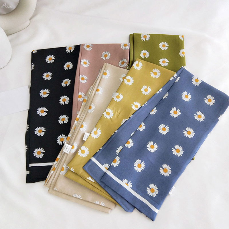 2020 Spring Summer Daisy Square Silk Scarf Women Retro Neck Scarfs Office Lady Hair Band Foulard Handkerchief Bandana Shawl