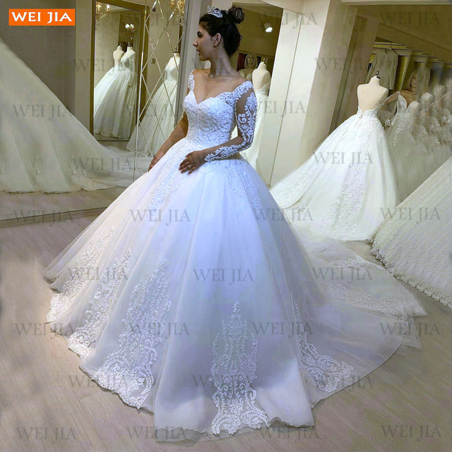 Luxury White Wedding Gowns 2021 Long Sleeves Lace Up Vestido De Noiva Appliqued Organza Ball Gown Bride Dresses Abito Da Sposa 1